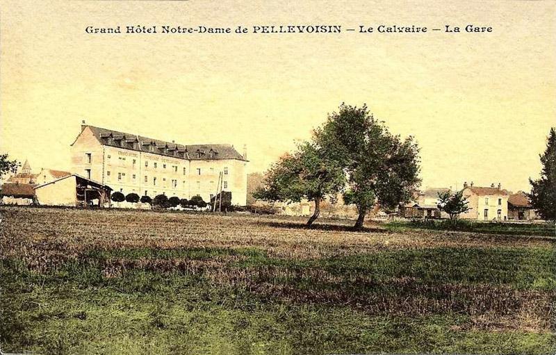CPA_Pellevoisin_CalvaireGare