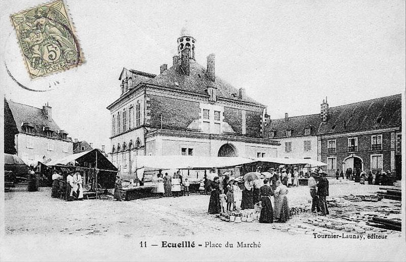 CPA_Ecueillé_PlaceMarché