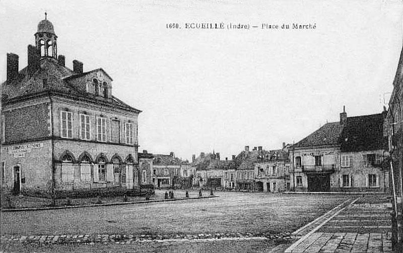 CPA_Ecueillé_PlaceMarché2