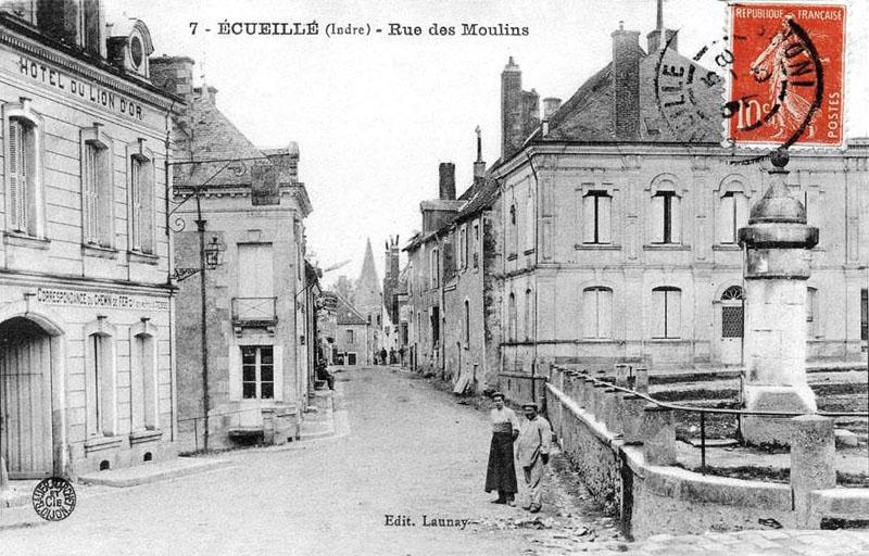 CPA_Ecueillé_RueMoulins2