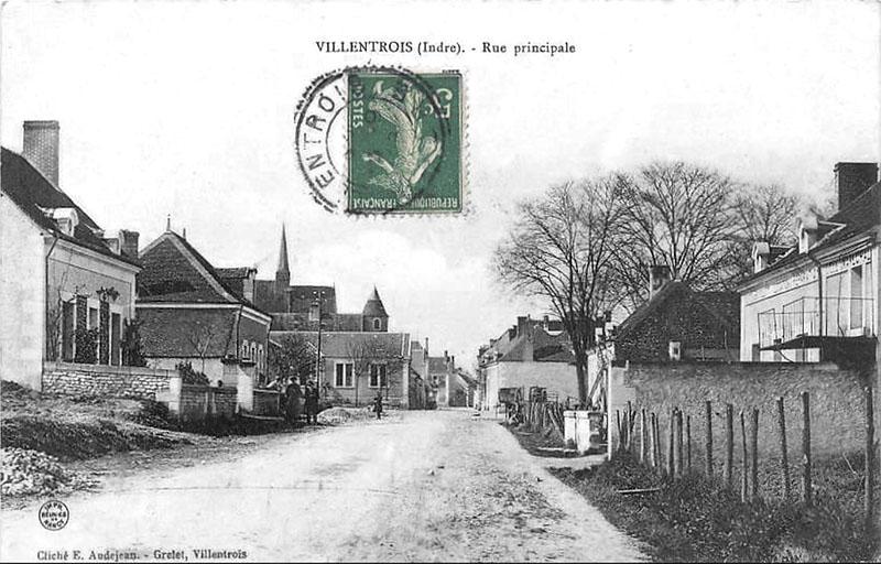 CPA_Villentrois_Rue.Principale02